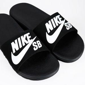 Nike black white soft slides men's 9 nwt